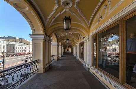 Гостиный двор в Санкт-Петербурге фото