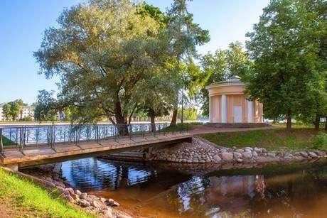 Лопухинский сад фото
