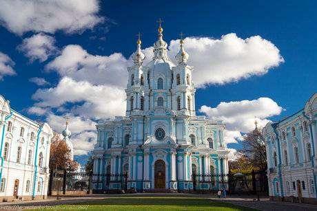 Смольный собор Санкт-Петербурга фото