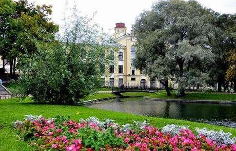 Юсуповский сад СПб